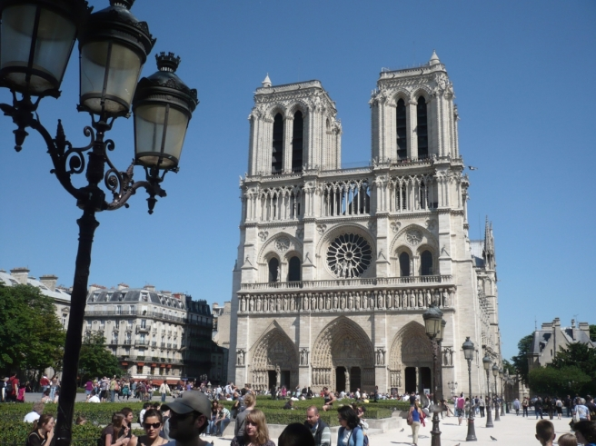 Notre Dame front 02