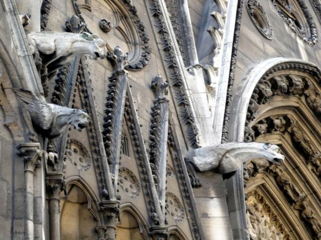 Notre Dame Gargoyles 01